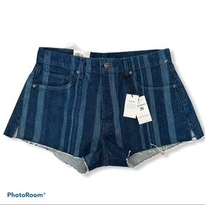 Levi's Premium Made & crafted High rise short NWT